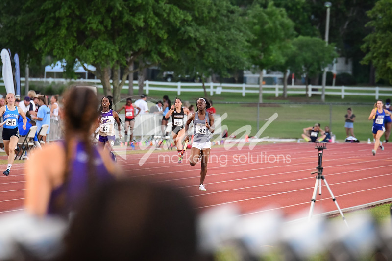 NAIA_4x400trials_GMS_TJONES_thursday-2116.jpg