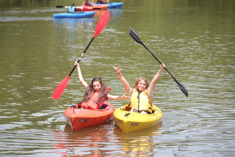 kars4kids_thezone_camp_girlsDivsion_activities_boating (36).JPG