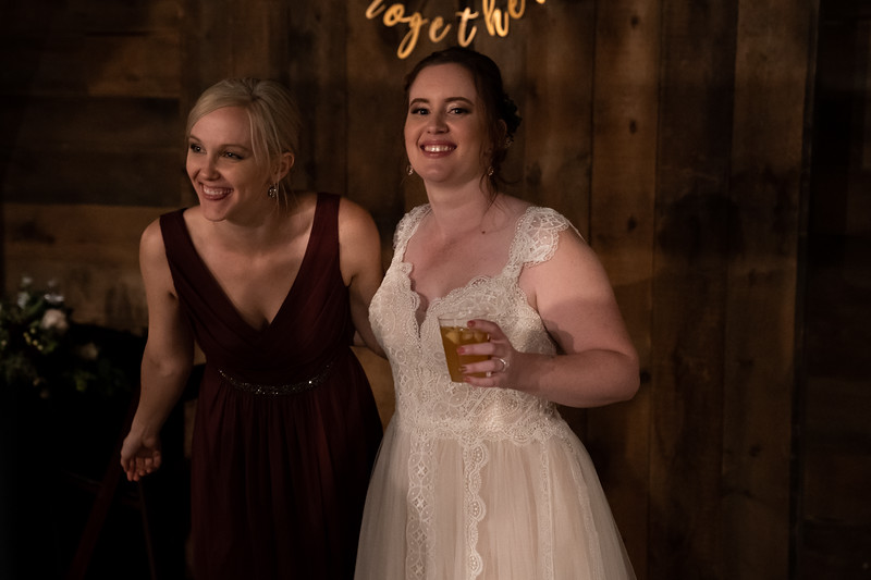 rustic_ohio__fall_barn_wedding-443.jpg