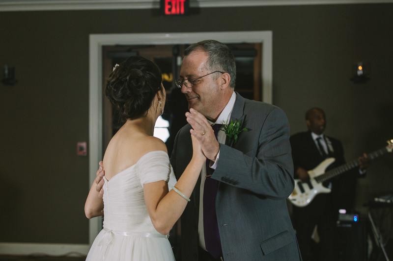 MP_18.06.09_Amanda + Morrison Wedding Photos-2918.jpg