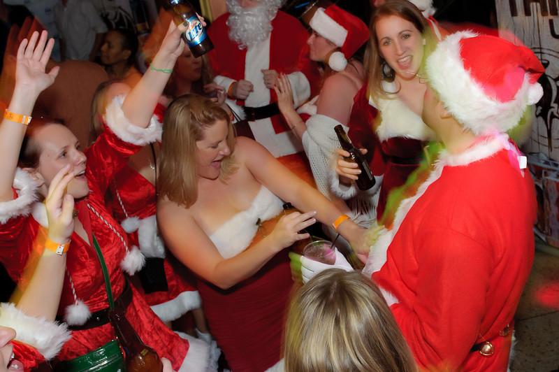 2011 GBT Santa Crawl-237.jpg