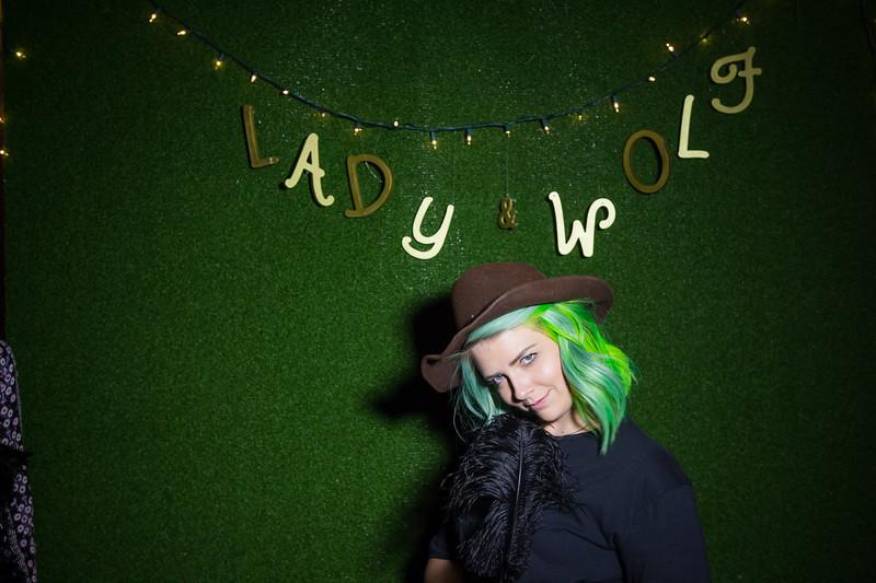 LadynWolf-1111.jpg