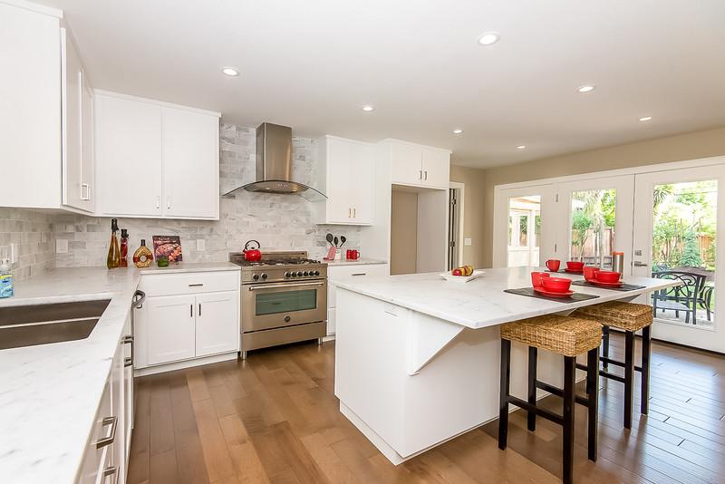 DSC_4246_kitchen.jpg