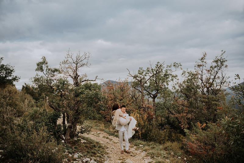 Tu-Nguyen-Destination-Wedding-Photographer-Rougon-South-of-France-Videographer-Ryan-Sophia-132.jpg