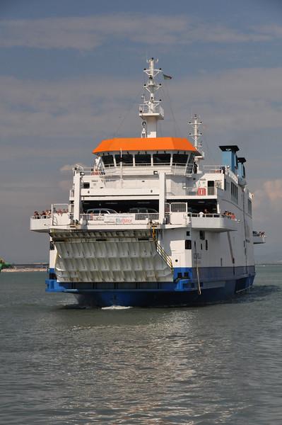 Blunavy ferry