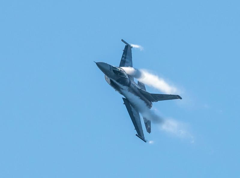 F18 Super Hornet-2.jpg