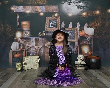 Kaitlyn Halloween 2020