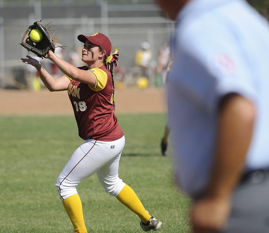 . LONG BEACH, CALIF. USA -- Wilson\'s Zoe Stavrou (38) against Lakewood in Lakewood, Calif., on May 2, 2013. Lakewood defeated Wilson 11-1 in five innings.  Photo by Jeff Gritchen / Los Angeles Newspaper Group