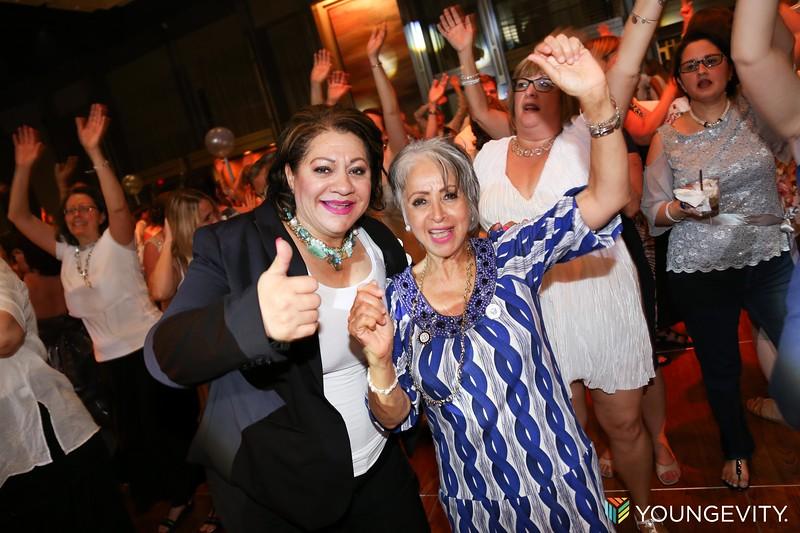 08-19-2017 Glow Party ZG0152.jpg