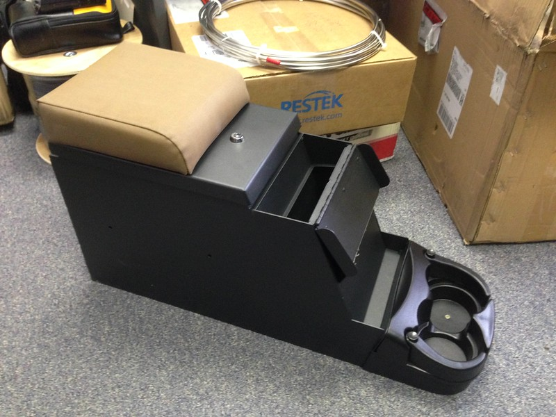 Smittybilt center console with radio option