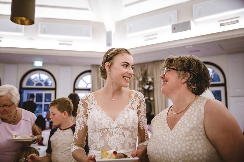 HR-Bruiloft-Esther+Igor-KarinaFotografie (451).jpg