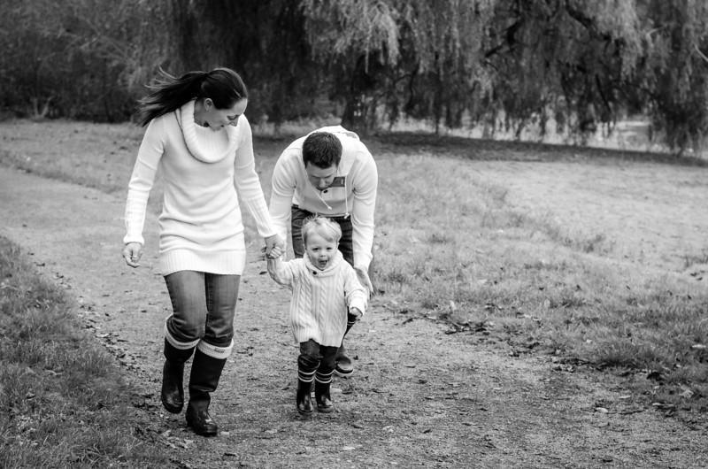 2013.10.19 L McOrmond-Carmichael family-19.jpg