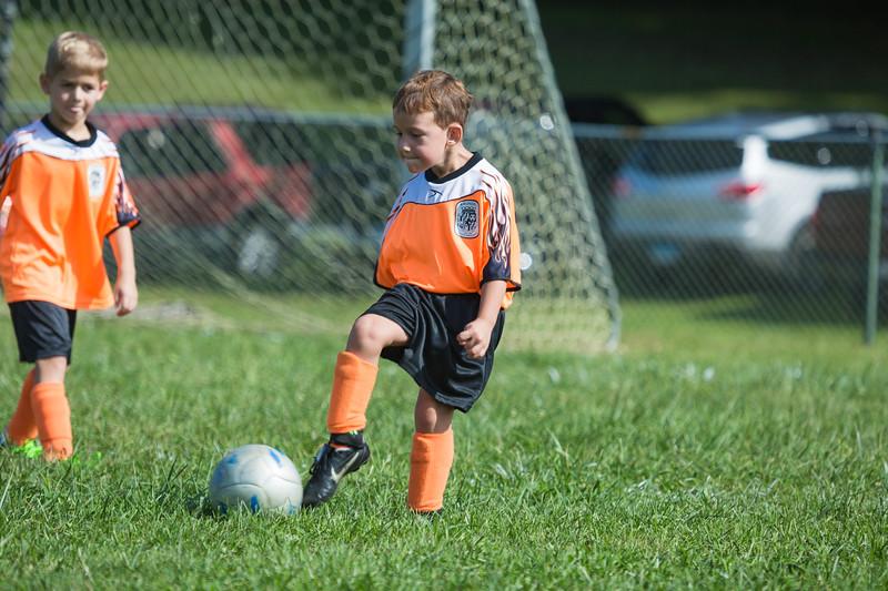 gabe fall soccer 2018 game 2-200.jpg