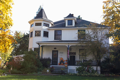 2016_10_28_Halloween in Grants Pass etc