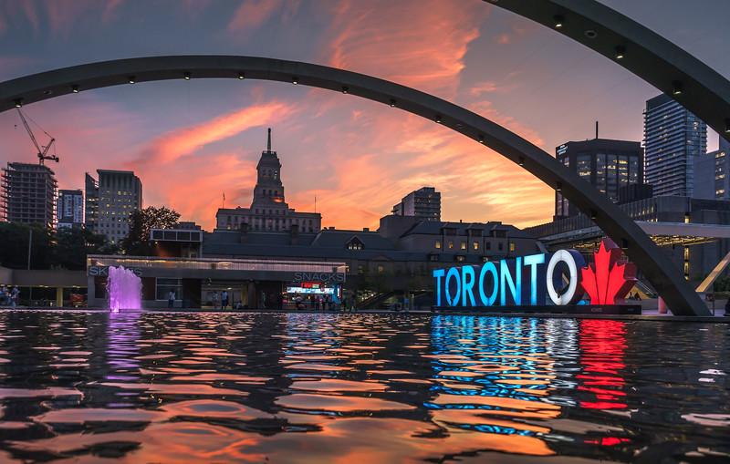 TorontoSignSunset.jpg