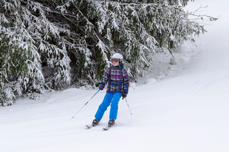 Opening-Day-Slopes-2014_Snow-Trails-70907.jpg