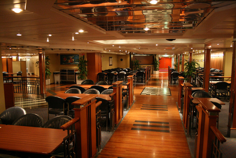 2008 - On board F/B SNAV TOSCANA : self service restaurant area.