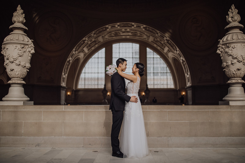 2018-01-02_ROEDER_JasonJennifer-SanFrancisco-CityHall-Wedding-CARD1_0025.jpg
