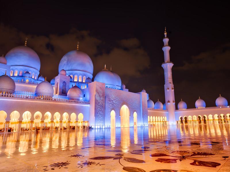 Late night in Abu Dhabi