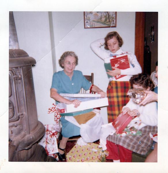 1959 Christmas Konyha's.jpeg