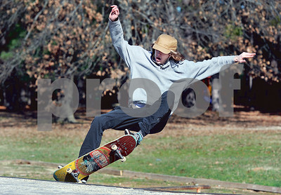 sunshine-brings-out-skateboarders-at-nobel-young-park