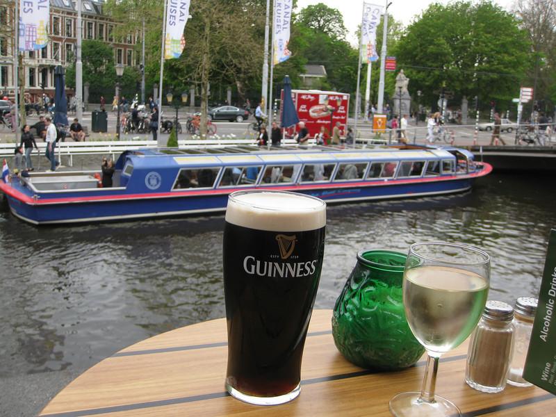 Irish pub at entrance to Vondelpark (Tuesday)