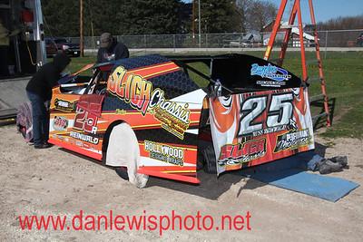 050617 141 Speedway
