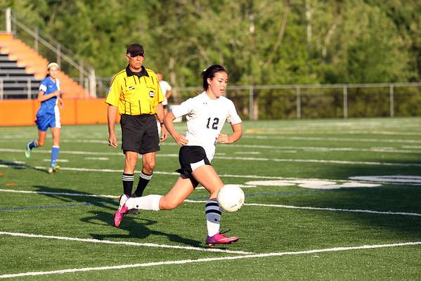 Western girls soccer beats CHS 2-0 2014