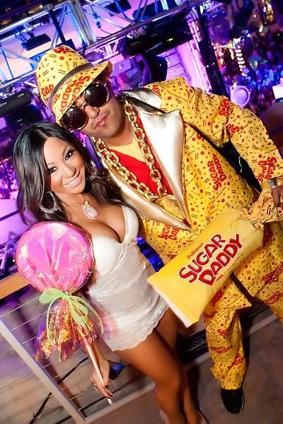 090112 Chris Brown @ Hard Rock Pool (58 of 103)_filtered.jpg