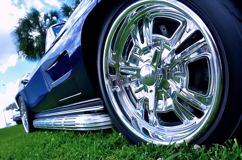 63Raytona_RF wheel Schott copy.jpg