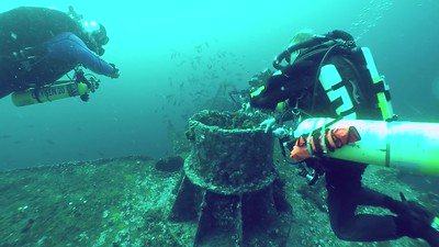 Video: Tech diving the Oriskany