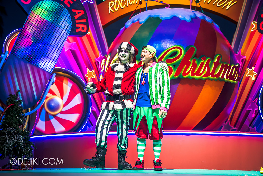 Universal Studios Singapore December Park Update - Santa's All Star Christmas 2016 / DJ Eddy Elf's Rocking Radio Station - Beetlejuice and DJ Eddy Elf 3