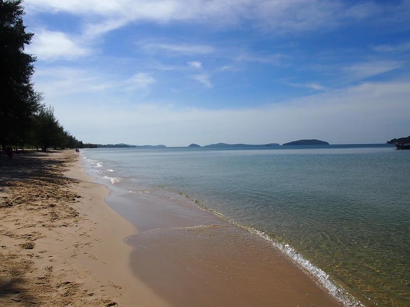 PB143586-otres-beach.JPG