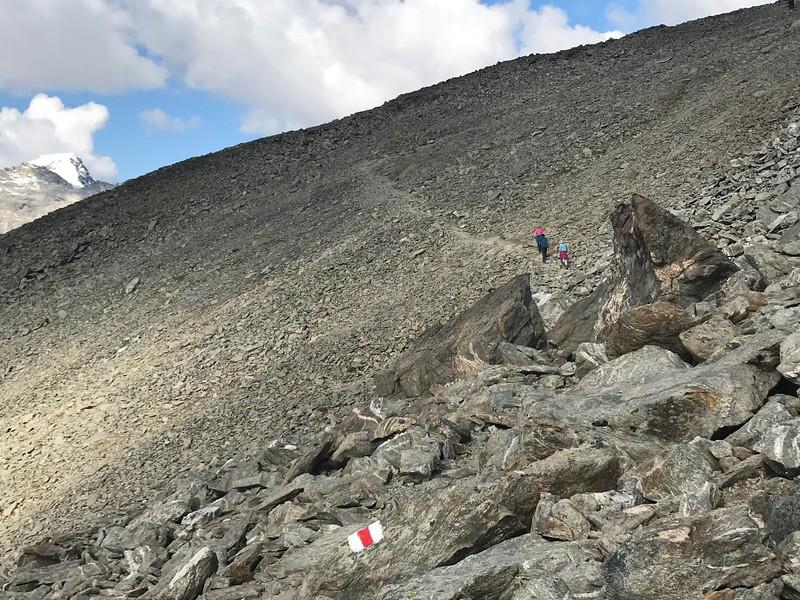 Munt Pers trail