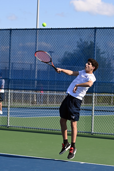 boys_tennis_8429.jpg