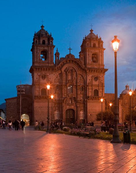 reflections at cuzco plaza del armas11x14.jpg