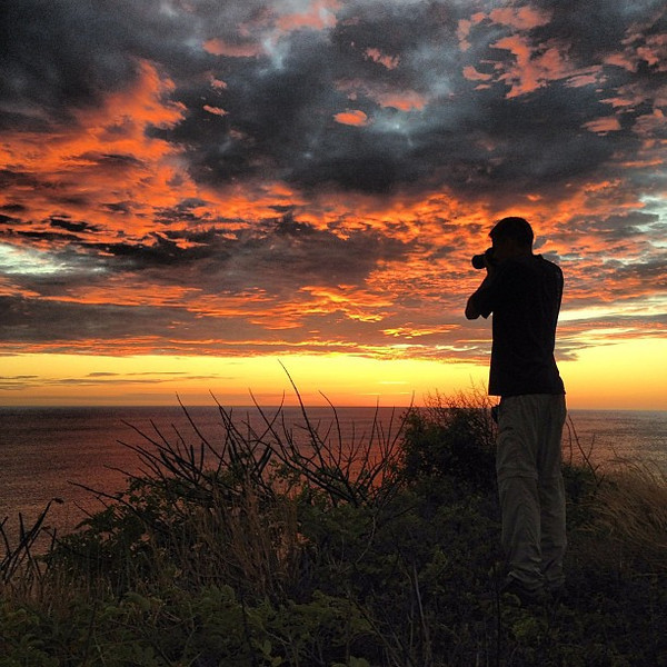 Shooting into the light of another #sunset #Nicaragua #morgansrock