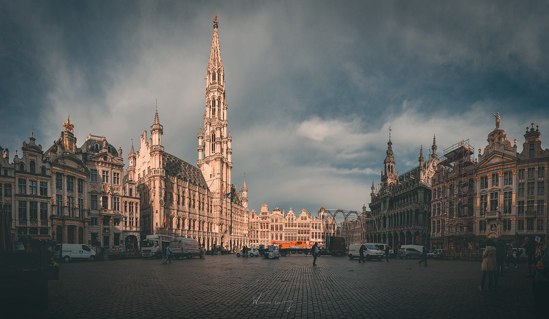 Brussel-Square-pano-2.jpg