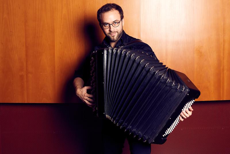 Pierre Cussac, accordionist (accordéoniste)