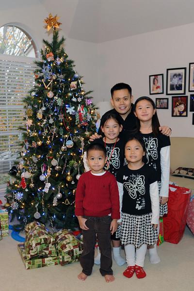 Christmas 2010 Vo Family