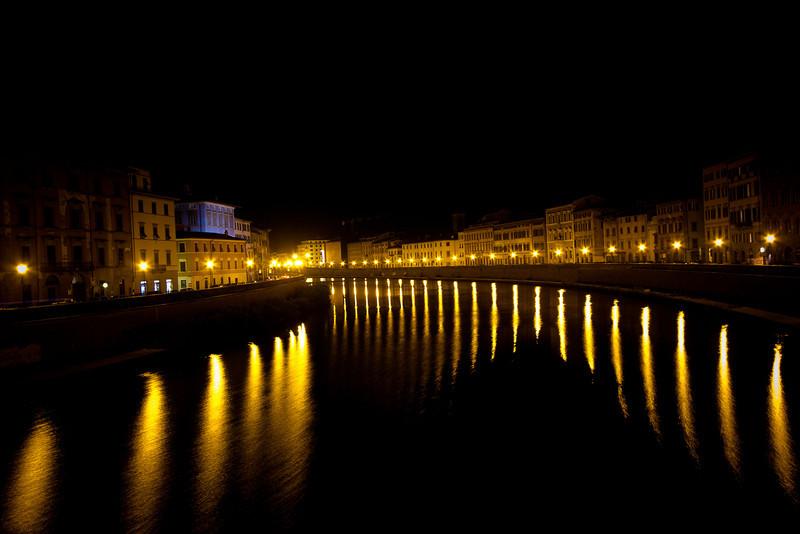 pisa river-4.jpg