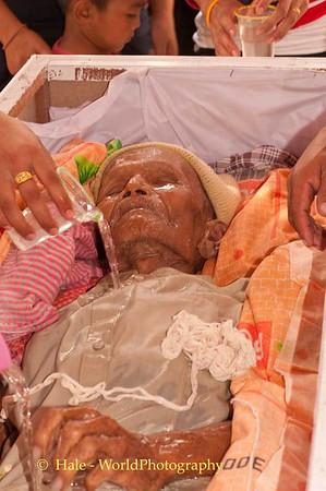 Isaan Lao Loum Funeral Ritual