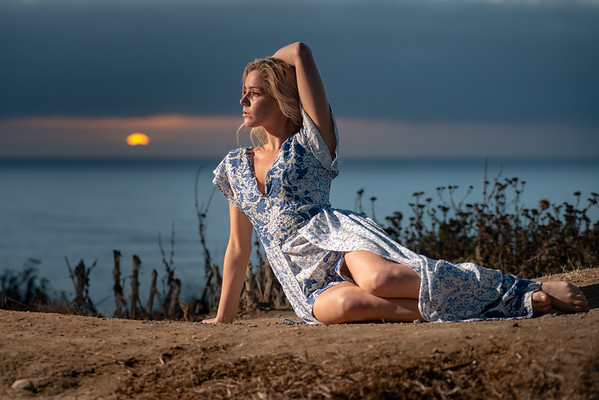 Sofia - Sunset Fashion / Catching the Cresent Moon