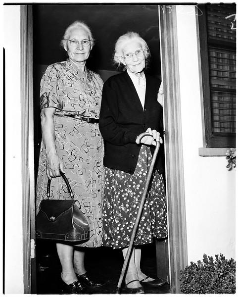 1959, Residents