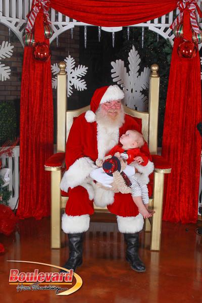 Santa 12-10-16-390.jpg