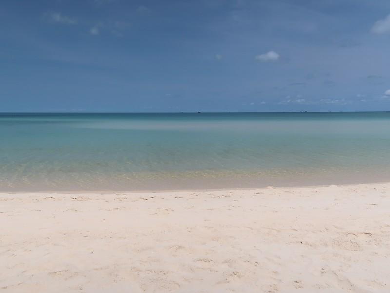 IMG_9254-khem-beach-blue.jpg