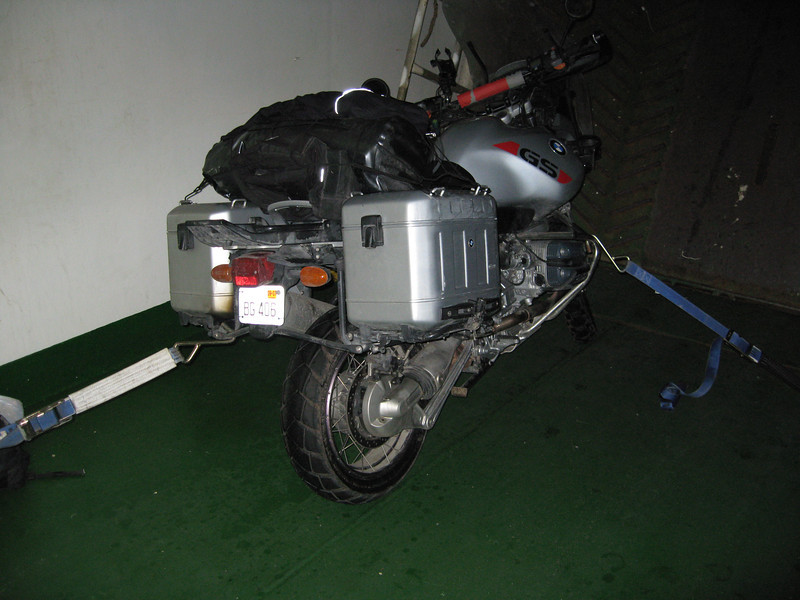 R1150GS tied down