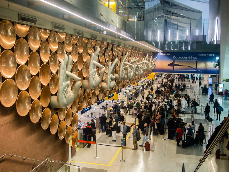 delhi airport 2.jpg