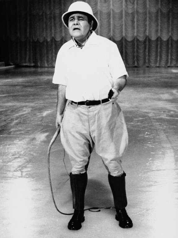 """. FILE - This Sept. 22, 1967 file photo released by ABC shows comedian Jonathan Winters, hosting \""""Holiday on Ice.\"""" Winters, whose breakneck improvisations inspired Robin Williams, Jim Carrey and many others, died Thursday, April 11, 2013, at his Montecito, Calif., home of natural causes. He was 87.  (AP Photo/ABC-TV, file)"""