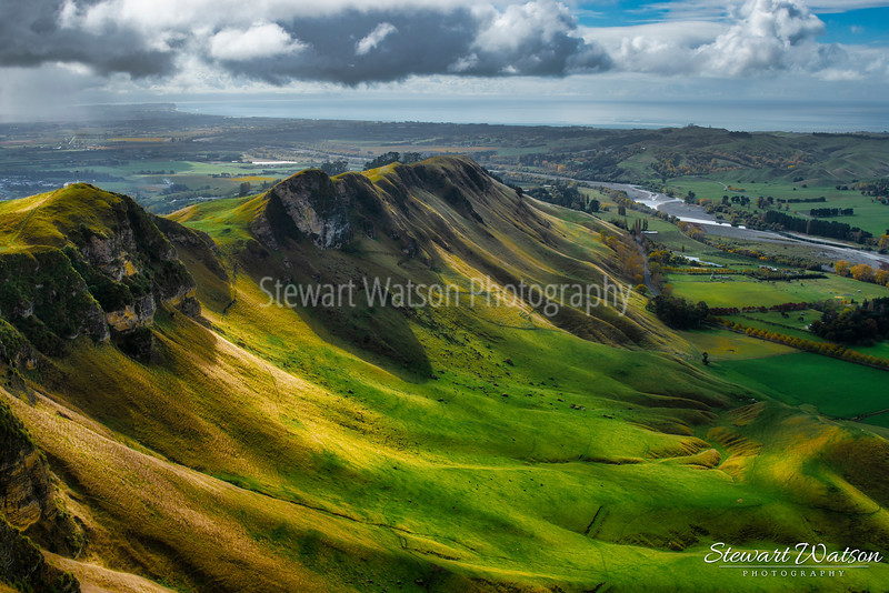 Magnificent slopes of Te Mata Peak
